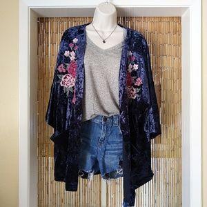 Embroidered crushed velvet kimono